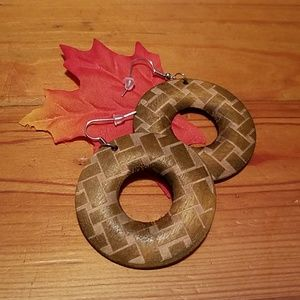 🙀Wood Checkered Donut Style Earrings
